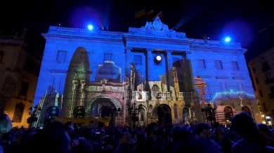 Slidemedia + Eyesberg Studio - La Merce 2018 Projection mapping ODA DES DEL CEL - 18