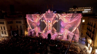 Slidemedia + Eyesberg Studio - La Merce 2018 Projection mapping ODA DES DEL CEL - 23