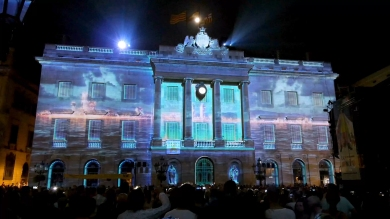 Slidemedia + Eyesberg Studio - La Merce 2018 Projection mapping ODA DES DEL CEL - 24
