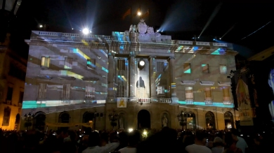 Slidemedia + Eyesberg Studio - La Merce 2018 Projection mapping ODA DES DEL CEL - 30