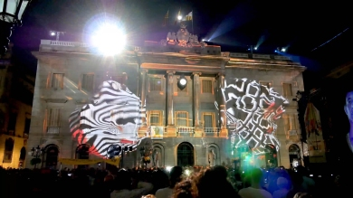 Slidemedia + Eyesberg Studio - La Merce 2018 Projection mapping ODA DES DEL CEL - 31