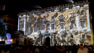 Slidemedia + Eyesberg Studio - La Merce 2018 Projection mapping ODA DES DEL CEL - 34