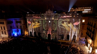 Slidemedia + Eyesberg Studio - La Merce 2018 Projection mapping ODA DES DEL CEL - 4