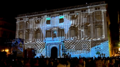 Slidemedia + Eyesberg Studio - La Merce 2018 Projection mapping ODA DES DEL CEL - 9
